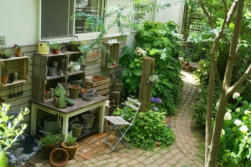 庭が雑貨屋さんみたいに大変身!_d0083761_19315447.jpg
