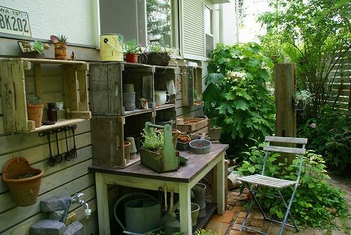 庭が雑貨屋さんみたいに大変身!_d0083761_19363634.jpg