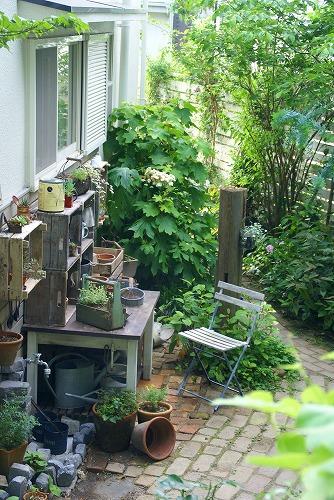 庭が雑貨屋さんみたいに大変身!_d0083761_2039244.jpg