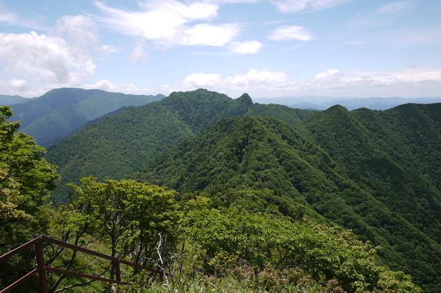 稲村ヶ岳・山上ヶ岳_e0214805_6523265.jpg