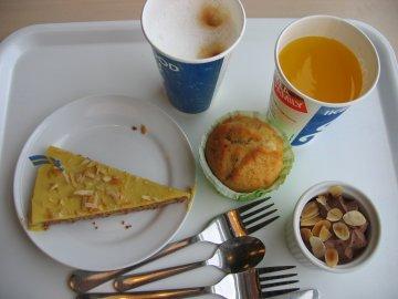 IKEA レストラン&ビストロ_a0150910_22422284.jpg