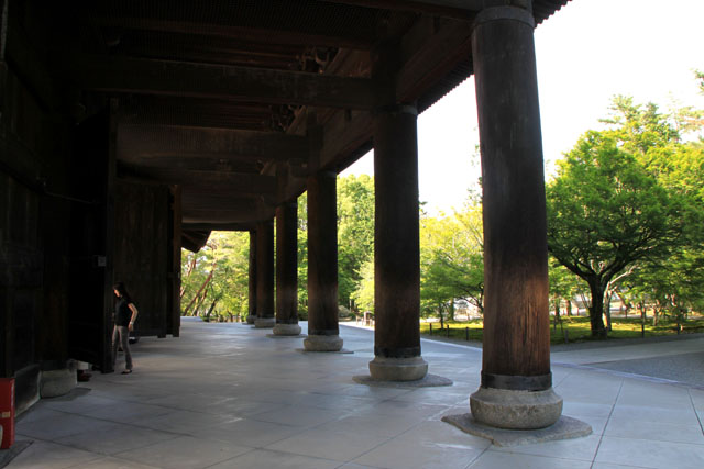 南禅寺 三門_e0048413_18453924.jpg