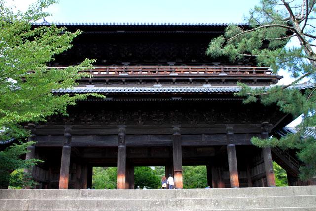 南禅寺 三門_e0048413_1845472.jpg