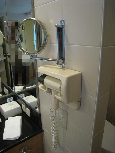 5月 ホテルオークラ福岡 コーナーデラックス バスルームと貸出品_a0055835_14213873.jpg