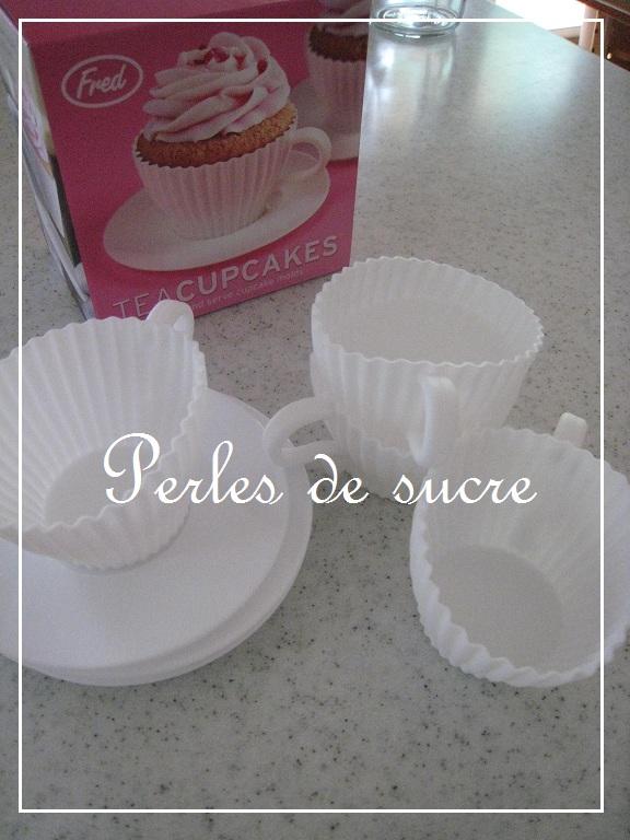 カップケーキ型_f0199750_22344565.jpg