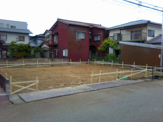 「ダイニングに集う家」@金沢市疋田町_b0112351_15122789.jpg