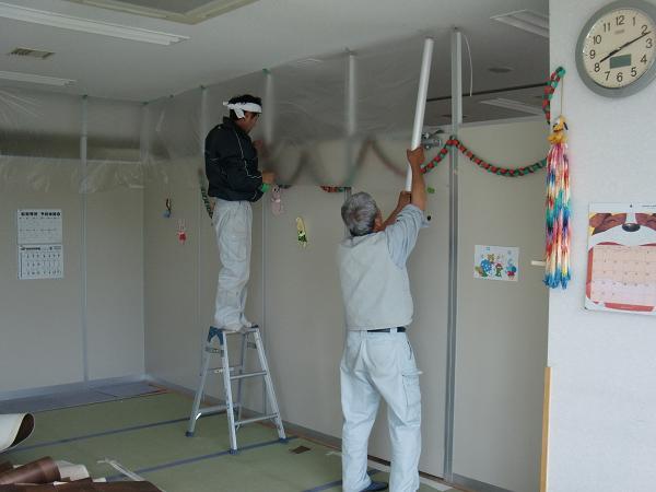 養護施設の床工事 ~ 2部屋目の工事。_d0165368_5273930.jpg
