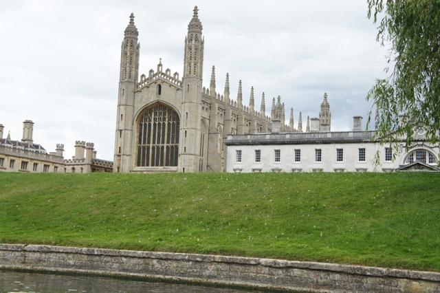 ケンブリッジ 800年の歴史をもつ世界最高峰の大学街_f0083294_3514260.jpg