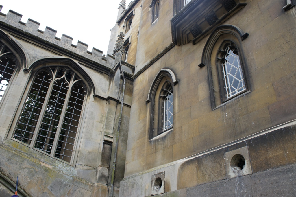 ケンブリッジ 800年の歴史をもつ世界最高峰の大学街_f0083294_437141.jpg