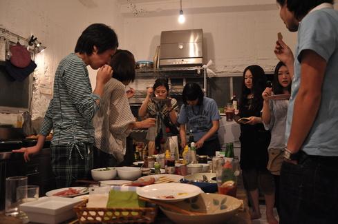 2011.6.25 アルパカ食堂 vol.3 〜古本とガレットの夜1〜_a0184716_1511468.jpg