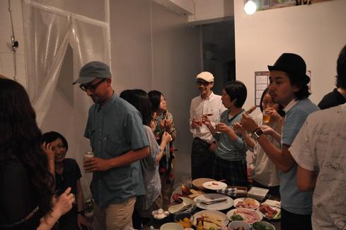 2011.6.25 アルパカ食堂 vol.3 〜古本とガレットの夜1〜_a0184716_1523342.jpg