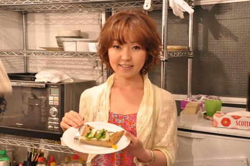 2011.6.25 アルパカ食堂 vol.3 〜古本とガレットの夜1〜_a0184716_1525861.jpg