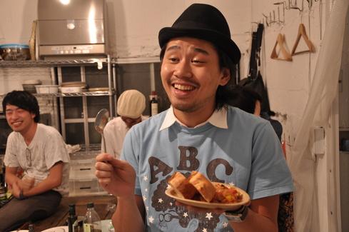 2011.6.25 アルパカ食堂 vol.3 〜古本とガレットの夜1〜_a0184716_1535541.jpg