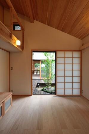 建物完成見学会 「中庭のある家」_e0164563_9441536.jpg