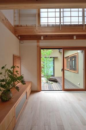 建物完成見学会 「中庭のある家」_e0164563_944787.jpg
