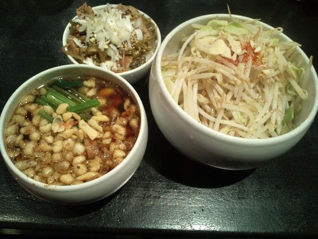 真珠貝を狙う潜水夫 ‐宅麺.com‐_e0173239_6583121.jpg