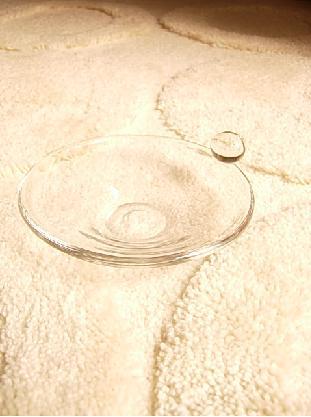 和菓子をガラスのお皿で。_f0206741_0314491.jpg