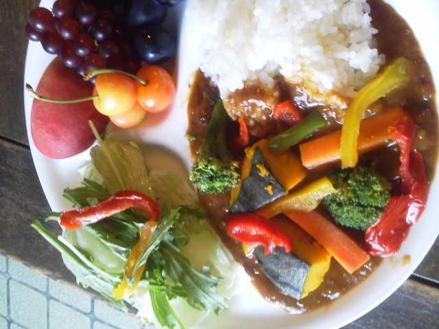 夏野菜カレーライス_e0219448_12383227.jpg