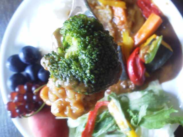 夏野菜カレーライス2_e0219448_12435251.jpg