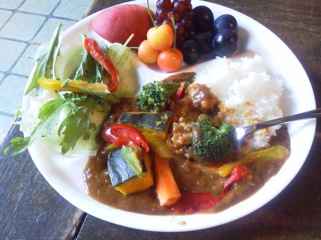 夏野菜カレーライス3_e0219448_12471645.jpg