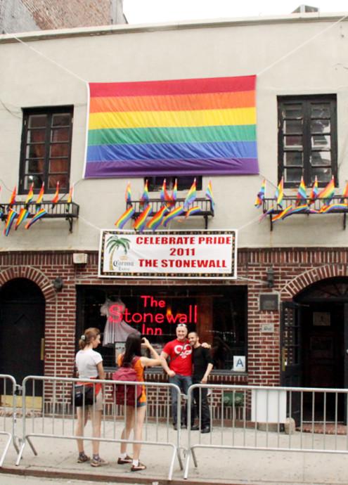 ニューヨーク州での同性婚が合法化へ_b0007805_6251393.jpg