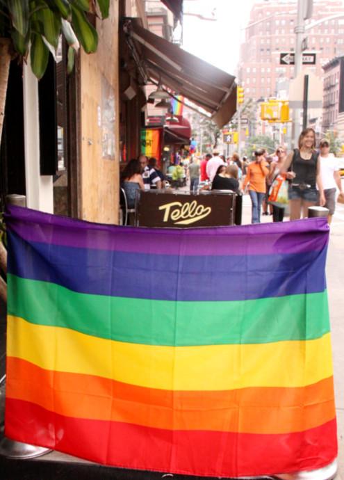 ニューヨーク州での同性婚が合法化へ_b0007805_9153356.jpg