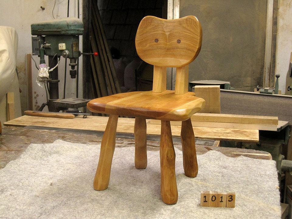 大ネコ椅子3脚_e0072513_10521558.jpg