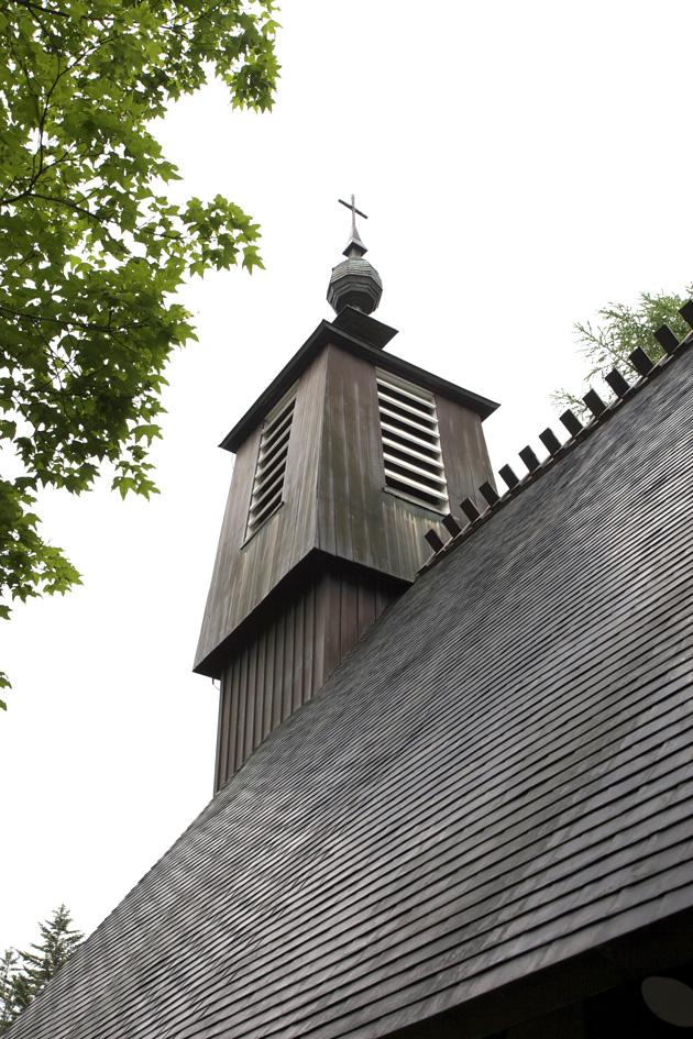 軽井沢 聖パウロカトリック教会 アントニン・レーモンド_e0127948_19172625.jpg