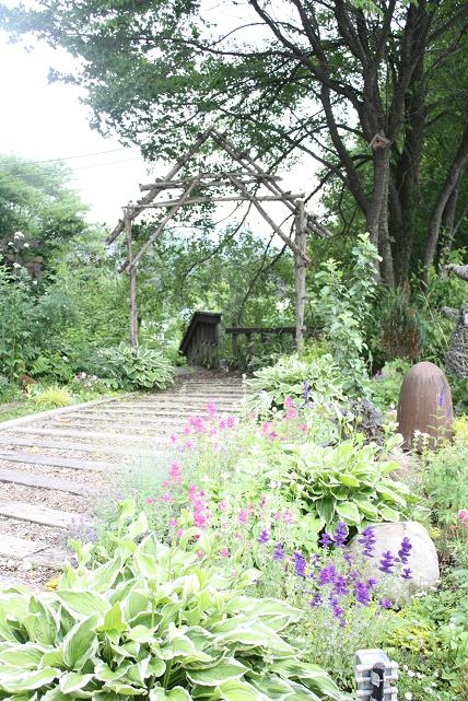 萌木の村  フェアリーテイルズ_e0110038_1036421.jpg