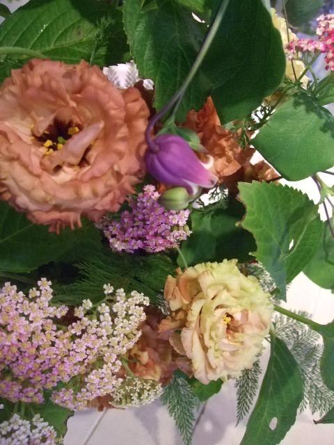 オークリーフ花の教室(吉田さんの作品)_f0049672_17254362.jpg