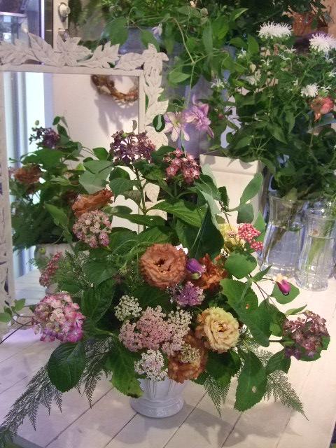 オークリーフ花の教室(吉田さんの作品)_f0049672_17255438.jpg