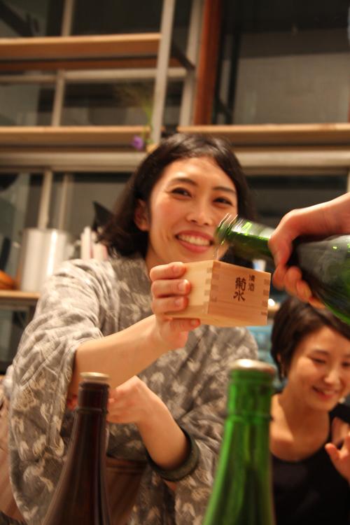 2011.7.2 ユルパカ食堂 〜瑞穂ママの日本酒の夕べ〜2_a0184716_1245525.jpg