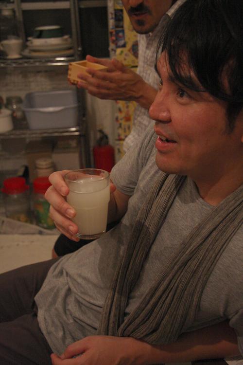 2011.7.2 ユルパカ食堂 〜瑞穂ママの日本酒の夕べ〜2_a0184716_12463289.jpg