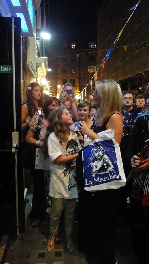 Les Miserable 23rd June @Queen\'s Stage Door_f0215324_23352679.jpg