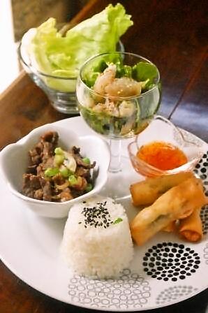 夏野菜と豆腐の胡麻サラダ_d0104926_534933.jpg