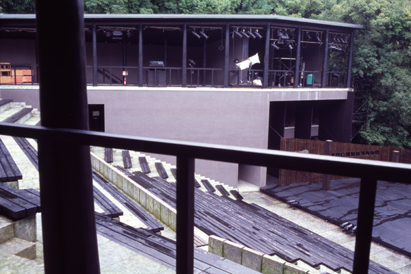 performing arts centre and garden part4_f0114339_1861825.jpg