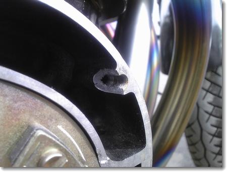 プロの補修-クランクケース ネジ穴の欠損_c0147448_20493836.jpg