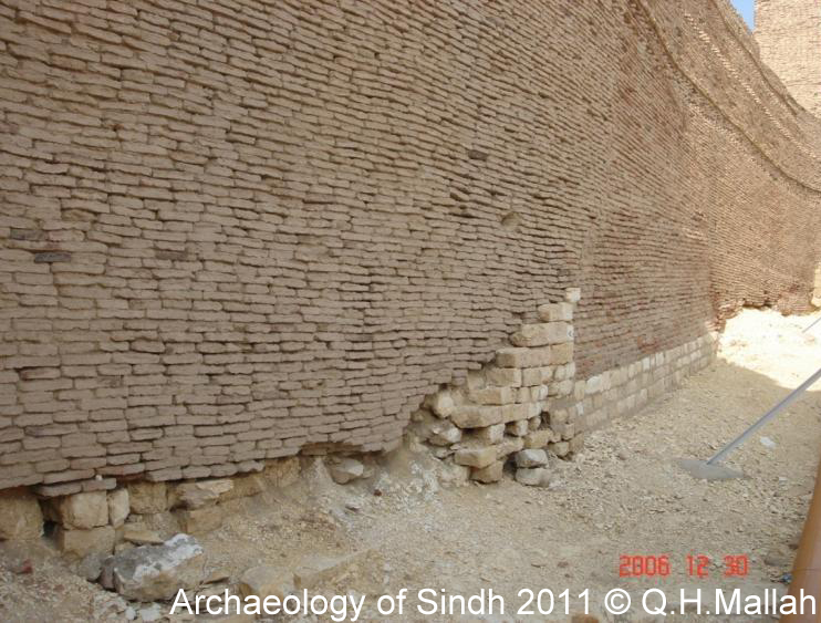 Archaeology of Sindh/ ただいま工事中_a0186568_1503190.jpg