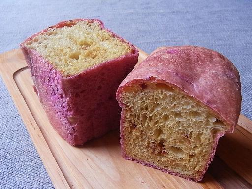 ビーツのパンとお詫び_f0183981_1756085.jpg
