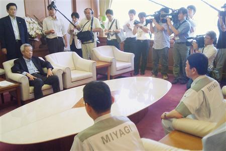 アメノウズメ塾:今の日本は「右を向いても左を向いても真っ暗闇じゃござんせんか」_e0171614_1111822.jpg