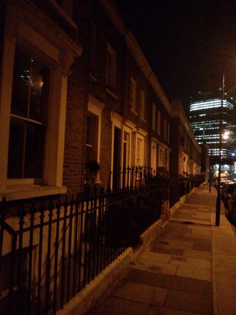 最高の日曜日♪ヾ(^▽^)ノfrom WATERLOO LONDON  今日も終電だよ〜って…帰れるかな?(^_^;)_b0032617_9381695.jpg