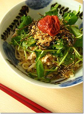 夏といえば冷麺。_e0105047_16455964.jpg