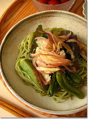 夏といえば冷麺。_e0105047_1646833.jpg