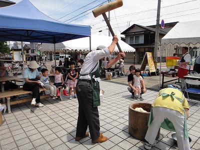 「びしゃもん市」小さななお祭り_b0092684_6375374.jpg