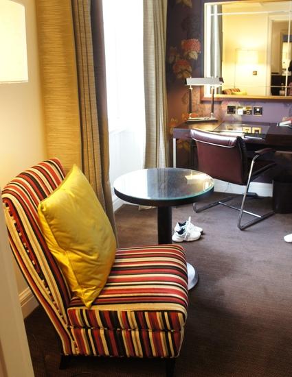 Londonスモールホテル新旧対決!_f0083294_164211.jpg
