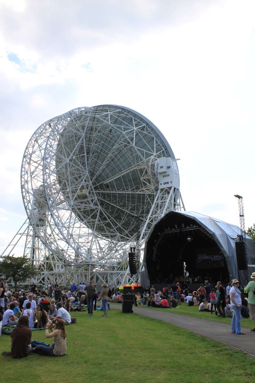 Live from Jodrell Bank _a0137487_19431056.jpg