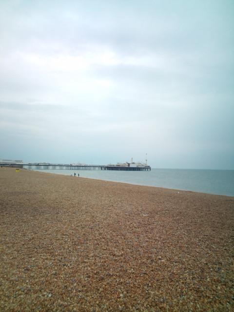 大英博物館、Londonを出て、南の海辺街Brightonへ。そして今からまたLondonに戻ってLIVE出演(^-^)v♪♪♪_b0032617_4214276.jpg