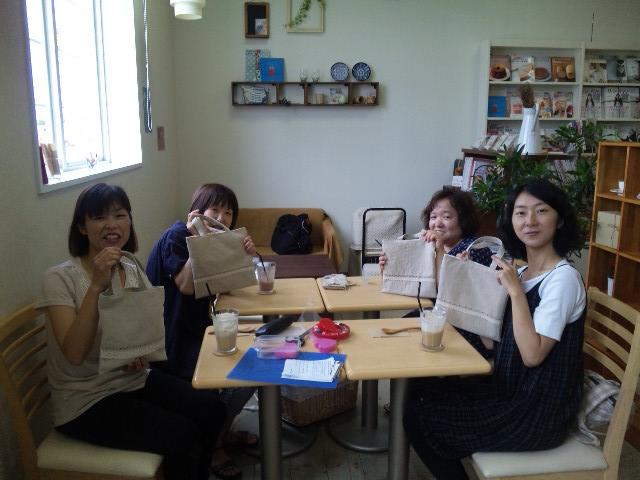 7/5(火)アンジュールカフェ「カフェdeハンドメイド」無事終了です!_b0213187_17618.jpg