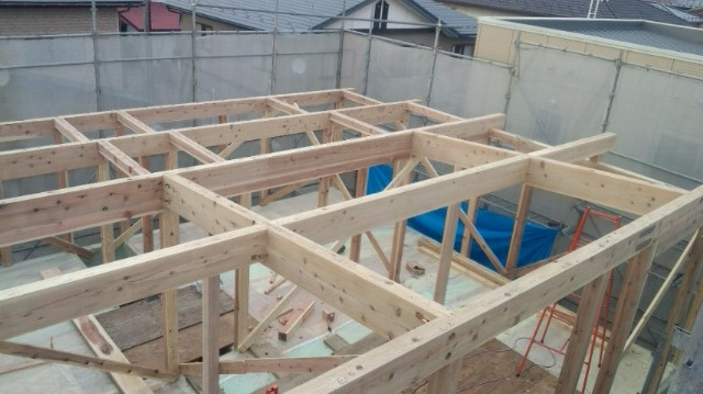 S様邸「広面川崎の家」 建込中です。_f0150893_1543411.jpg