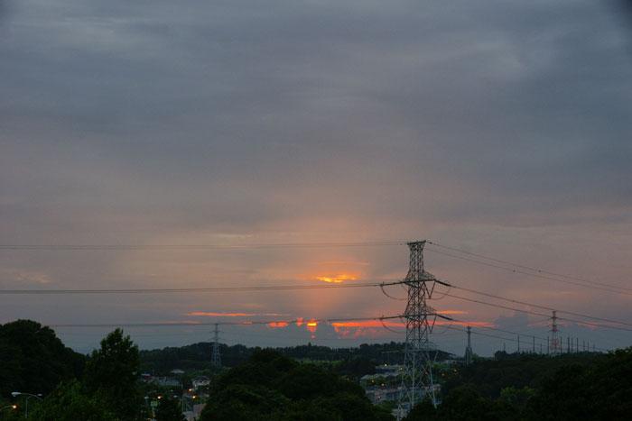 (たぶん)梅雨明けの夕_e0077521_22251788.jpg